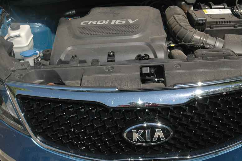 Testoviautomobila RS motor KIA