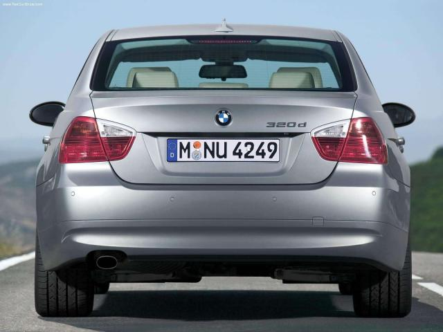 BMW-320d 2006