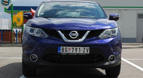 testovi-automobila-rs-nissan