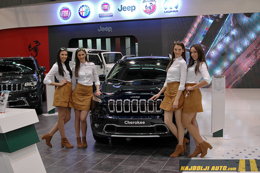 najboljiauto-jeep-hostese