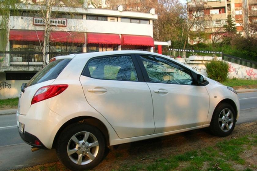 Mazda-2-Aleksandar-Todorovi