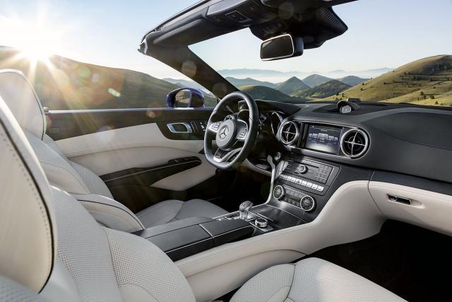 kokpit-Mercedes,JPG