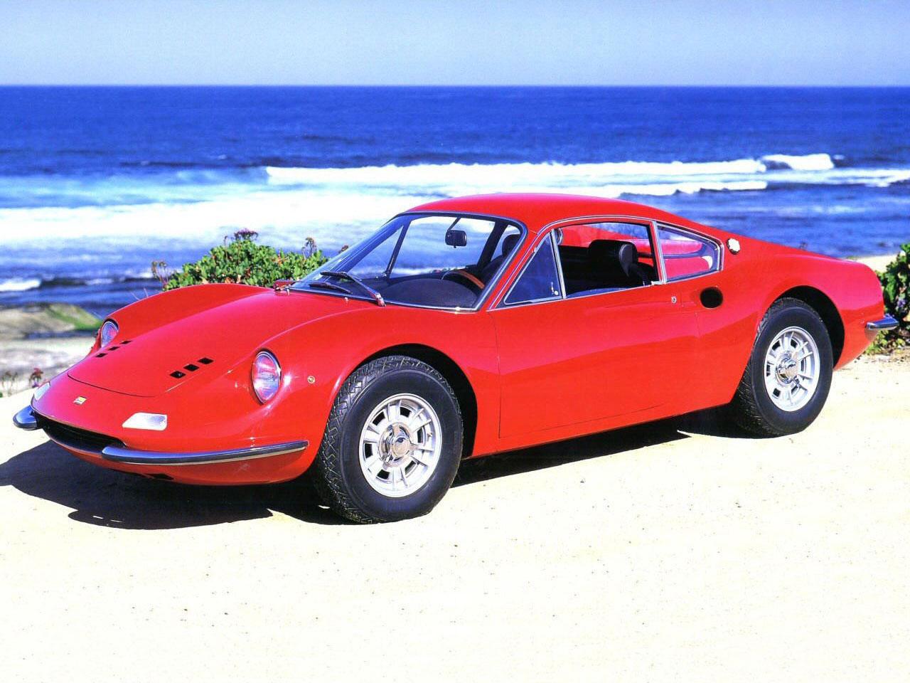 Ferrari_Dino_206GT_1